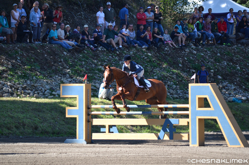Caroline Smith show jumping