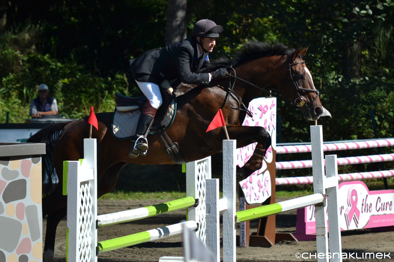 Nathan Grosse show jumping